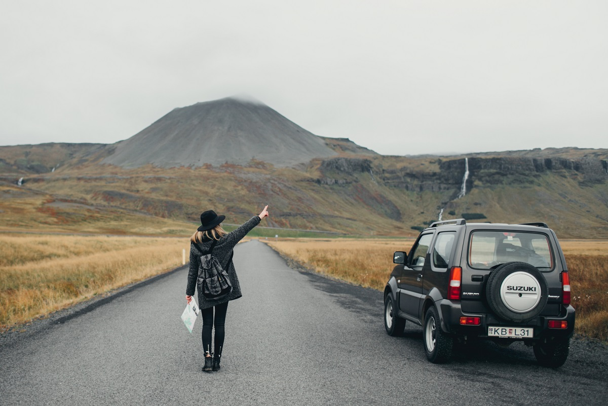10 reasons why to rent a car in iceland